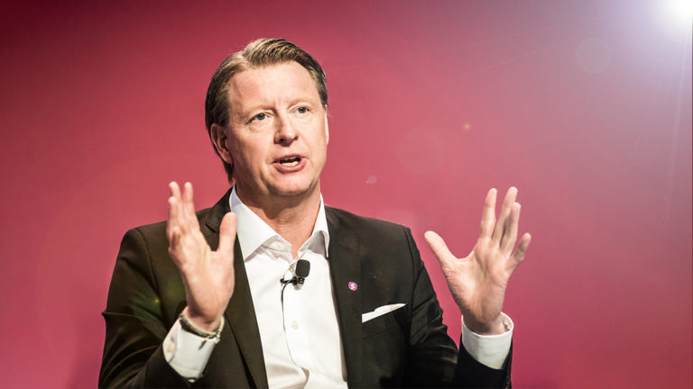Verizon's CEO on Peak Traffic, Cybersecurity, and Leading a Team from Home
